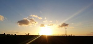 coucher de soleil à côté de la SARL Renard, maraîcher bio, 78